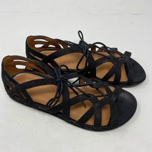 Gentle souls Kenneth Cole  sandals size 8.5
